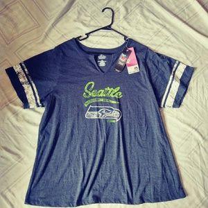 Women's 2X Seattle Seahawks shirt